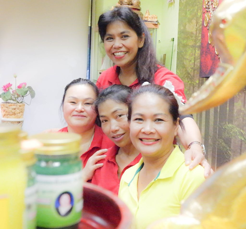 Das Team Thai Frauen Massagestudio